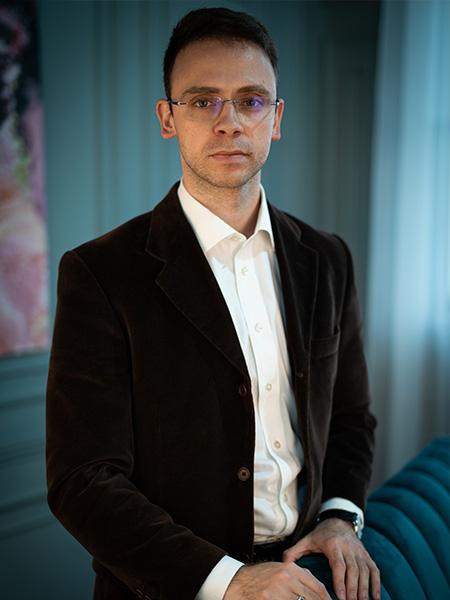 Адвокат Анатолий Железняк