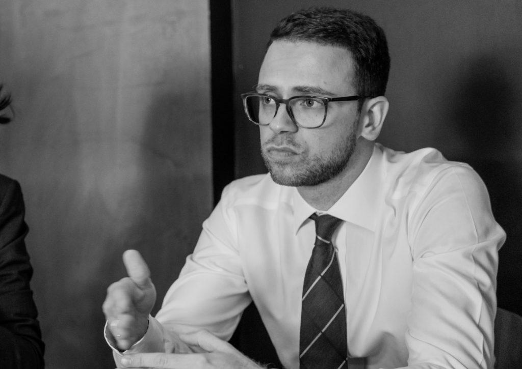 Адвокат Анатолий Железняк: комментарий к постановлению КС РФ
